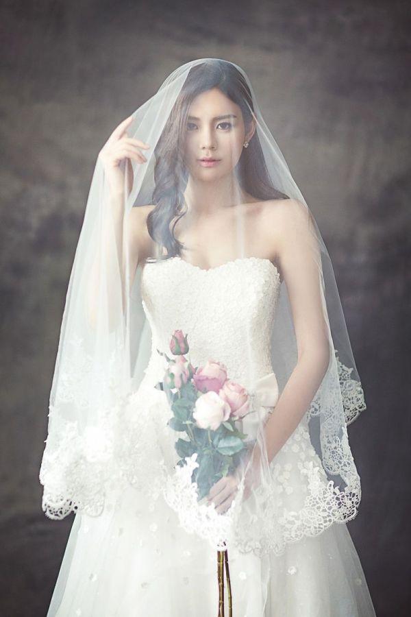 wedding-dresses-1486260-1920